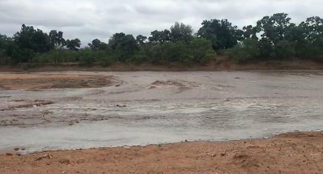 Maklautsi River